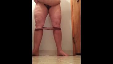 BBW Mature Milf Pantyhose Pee