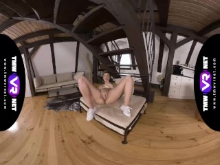 TmwVRnet.com – Louise Sanders – Solo sex dance in pussy