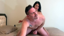HOT FEMDOM MILF ZARA PEGS ANTHONY'S ASS UNTIL HE CUMS HARD ON THE SHEETS