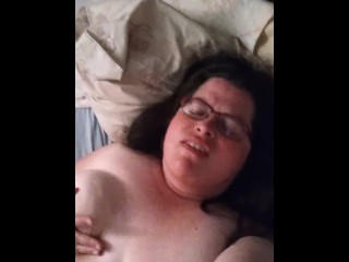 Hot BBW MILF gets fingered in bedroom and cums three times [FACE CAM]