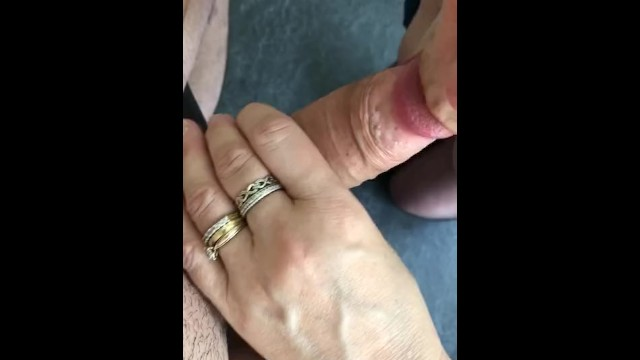 Mom gives Son a (フェラ)blowjob, Son Cum's on Mom's on Tits