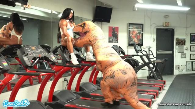 Camsoda - hot milf stepmom fucked by trex in real gym sex 10