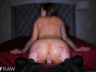 TUSHYRAW Karmen Karma Is An Anal Queen And Loves It