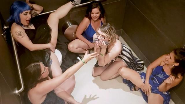 squirting girla disney porno anal