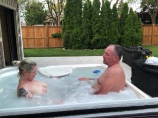 girl Gets Best Oral Sex From Dad's Best Friend In Hot Tub