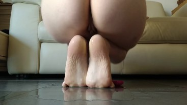 long piss on small feet and barefeet in doggy