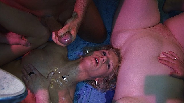 Real virgins first time fuck - Her first rough swinger fuck party