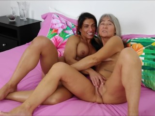 Threesome with Step Mom and Sis