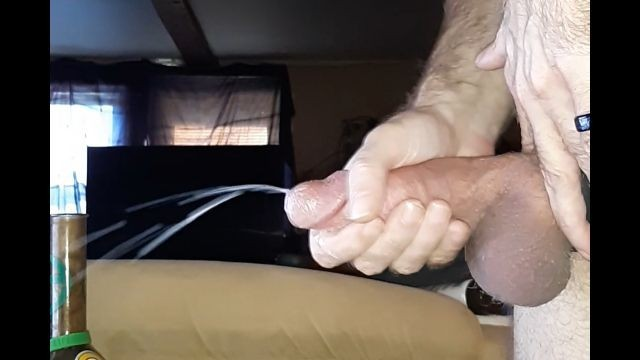 1 inch metal cock rings Using cock ring on 7 1/2 inch cock for huge cumshot