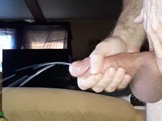 Using cock ring on 7 1/2 inch cock for huge cumshot