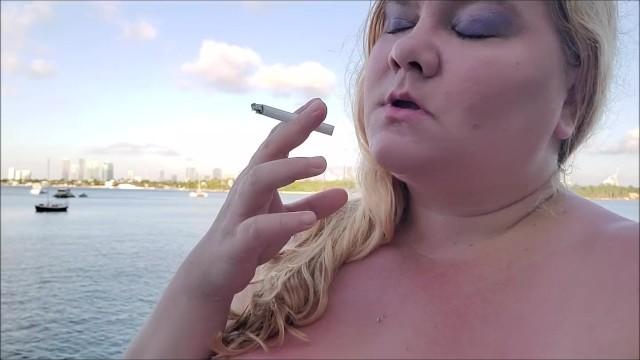 Bbw Rauchen Zigaretten Ficken