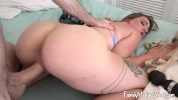 Horny Teen Daughter Fucks Step-Dad After Being Caught Using Moms Viabrator
