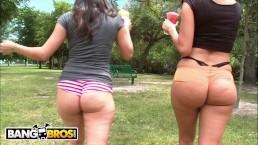 BANGBROS – Big Booty Babes Jenny Hendrix & Evie Delatosso Fuck Like A Dream