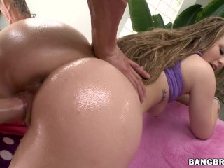 BANGBROS - PAWG Madison Chandler Getting Power Fucked By Chris Strokes