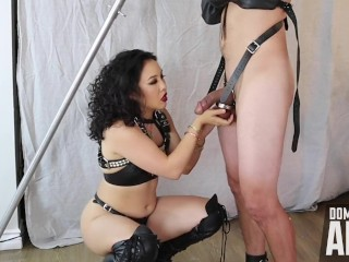 Femdom an li teasing her bondage slave...