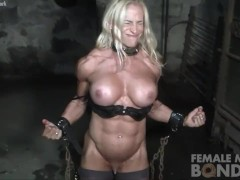 Big Tit Bulky Blonde Bodybuilder In Chains In The Gym