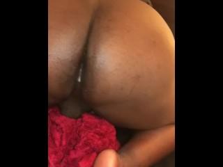 Bbw squirting cum out...