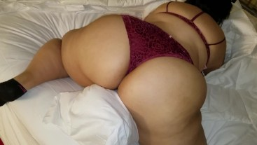 I'm ass addicted and love looking at nice ass in sexy panties.