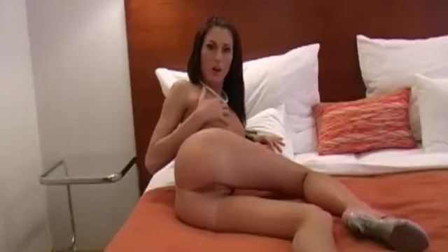 A Solo Fingering Arouisng Session