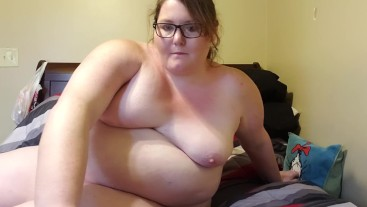Bbw masterbating with new toy