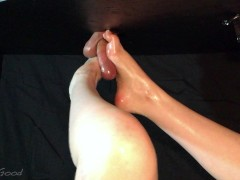 Oily Milking Table Footjob, Frenulum Play & Big Cum Blast