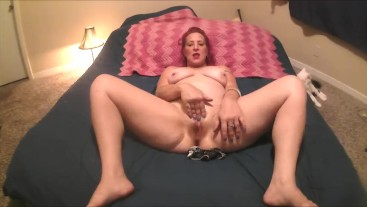 OLD MOM STUFFING PANTIES IN HER PUSSY