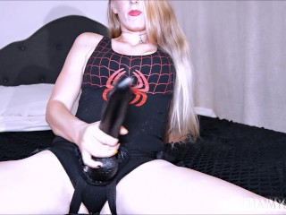Suck cock for spider babe with pov...