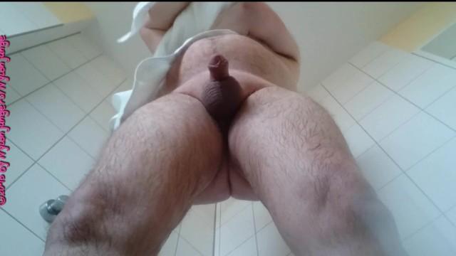 Nackt badezimmer amateur German Amateur