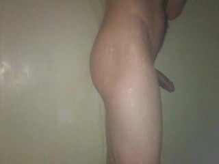 Young Twink Shows off in the Shower