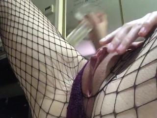 Bulging fishnet pussy piss ands squirts