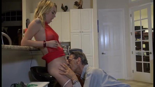 Weekend at Grandpa Sweet Blond - Pornhub.com