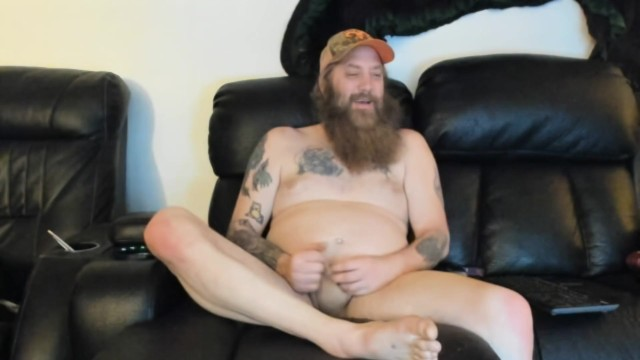 Bob playing with cock and asshole in chatroom