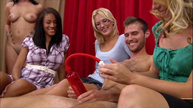 Penis pumpa Brandi belle - small dick guy gets his penis pumped at a cfnm gathering