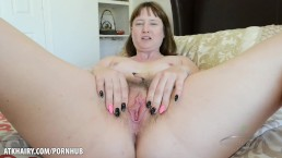 Thelma Sleaze fucks hairy pussy until she cums