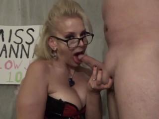 Blonde milf teaches a give blowjob swallow cum...