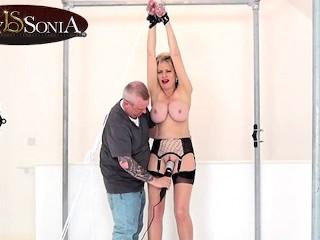 Handcuffed vior...