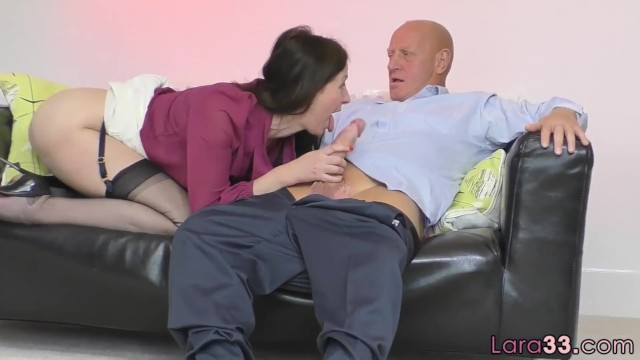 Pussyfucked british milf plowed in closeup