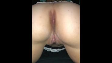 creamy pussy and open asshole twerk