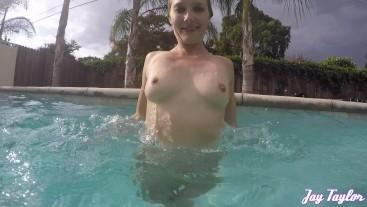 Slomo Fun in the Pool!