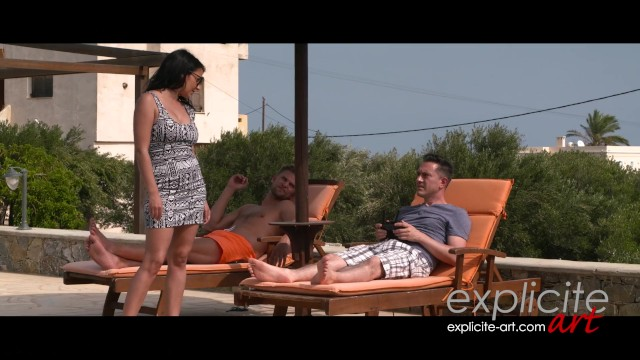 Anal foursome by the swimming-pool 9