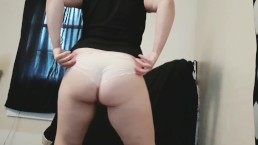 Thick white girl twerks and strips