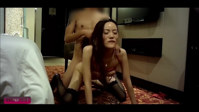 BDSM Practice With Tall Chinese Slut