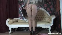 BBW Paige Turnah Masturbates in bedroom