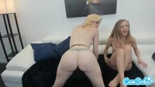Karla Kush & Charlotte Stokely-pige på pige sexyness