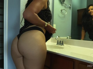 SOLD! Sexy realtor fucks her client and makes him cum twice