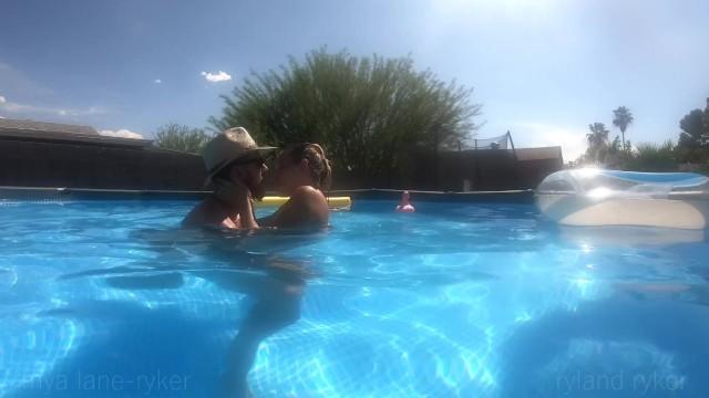9 Months Pregnant Pool Sex 7