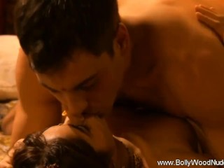 Bollywood passion unleashed for lovers...