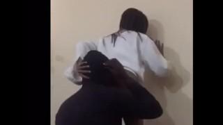 Sri Lankan Spa Girl ass licking ස්පා නන්ගිගෙ  පුක ලෙවකනවා