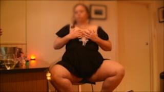 SEXY BBW MILF GETS HIGH & SHOWS HER BIG TITS & BEAUTIFUL ASS AT BAR