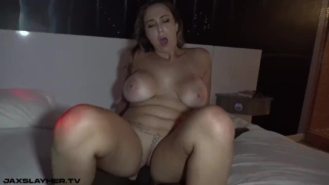 Thick Snowbunny Audrina Strips for BBC and Gets Fucked